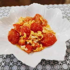 ド定番の中国料理「西红柿炒鸡蛋(トマトと卵の炒めもの)」の作り方