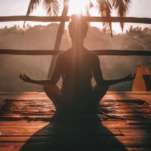 折れない心を作る「瞑想」の7つの効果!