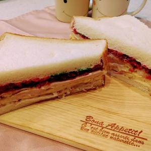 🐭お家で簡単食パンでバインミーの作り方・レシピ🐭