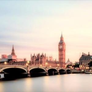 イギリス英語が学べるブリティッシュアクセントのオーディオブック7選