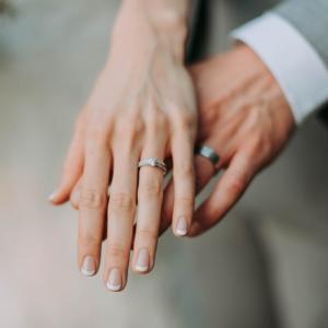 男性が結婚する前に考えたい、お金事情