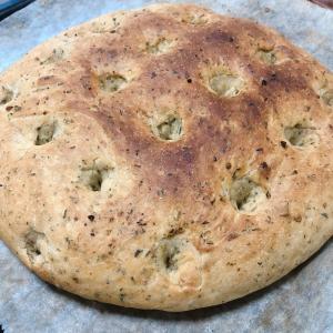 【手作りに挑戦】【無添加】ハーブフォカッチャ【手ごねパン】【イタリアン】
