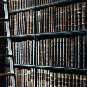 本が高くて買えない?書籍を出来る限り安く読む・買う方法4つ!
