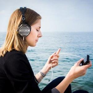 音楽を聞きながら勉強はNG!好きな音楽を有効に使うテクニックとは?