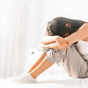 【仕事行きたくなくて朝泣く】もう我慢は不要。自分を大切にすべき理由