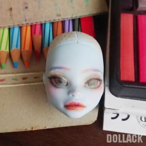 【モンスターハイドール】顔を描く(1)【首だけ画像注意】