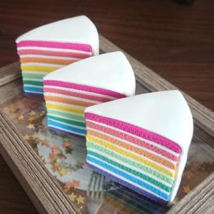 【メルカリ】虹色ケーキ土台