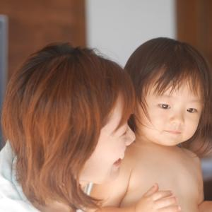 お子さんの発達を促しながら、ママもイキイキ!!歩き始めたお子さんとのプレチャイルドマッサージ教室