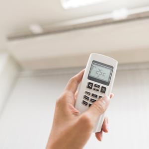 エアコンクリーニングをすると電気代が1万円もお得になる【エアコン掃除の真相】