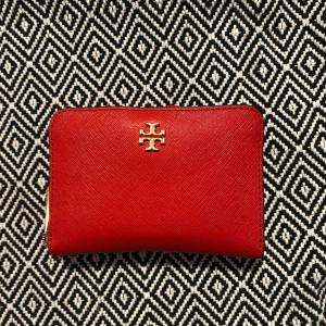 """""""「えー?!」母が驚愕した娘の財布の中身"""" 51歳、トロント在住、婆婆の財布の中身"""