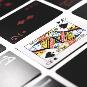 【HSP】思考の終着点がない?ポーカーフェイスの中身はいつも焦っている
