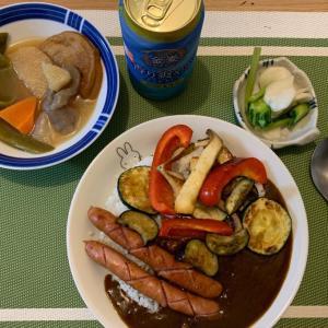 7月18日の晩ごはん – 野菜とシャウエッセンのカレー