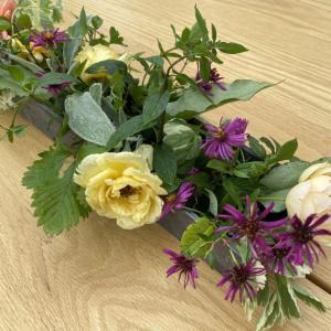 テーブルの上のお花畑。