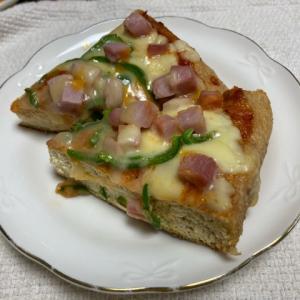 【新潟・栃尾】でっかい油揚げをピザにしてみた
