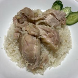 ほぼ炊飯器でできる海南鶏飯(シンガポール風チキンライス)