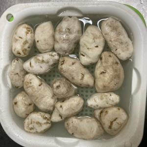 【アンデス】ラワ・デ・チューニョ(乾燥じゃがいものスープ)