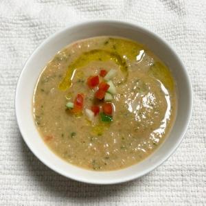 【熱中症予防にも便利】火を使わない野菜スープ・ガスパチョ