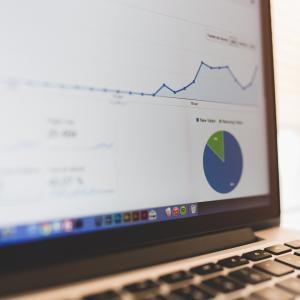 【ブログを始めて1週間】PV数や収益、SNSの取り組みなどを報告します。