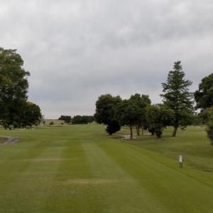 いちごの里でラウンド - 吉見ゴルフ場 –