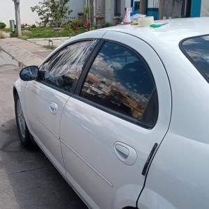 車の窓の故障を直そうとしたら氏にかけました。【メキシコ】