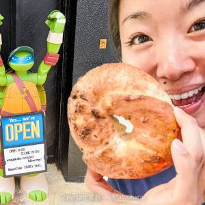 【浦添市】沖縄で一番大きくて本格的なNYベーグルが食べられる「Curly Tail(カーリーテイル)」にやってきたら店長が菩薩すぎた