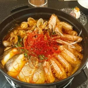 毛ガニ入り♪海鮮キムチ鍋