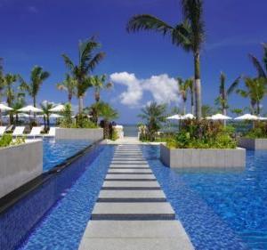 フサキビーチリゾート ホテル&ヴィラズ |石垣島最大級のプールエリアが人気