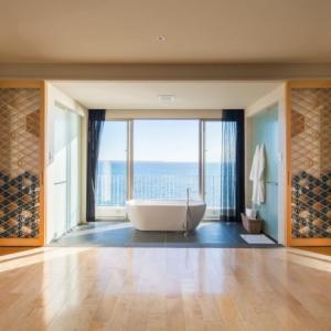 石垣島ビーチホテルサンシャイン | 目の前のビーチと露天風呂が魅力