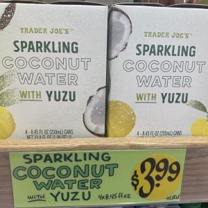 【Trader Joe's】柚子風味のスパークリング・ウォーター