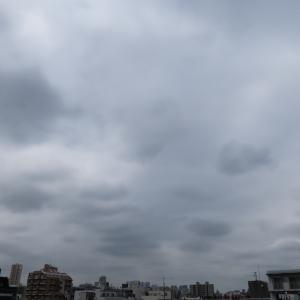 今日の雲 「空は曇っているが…」