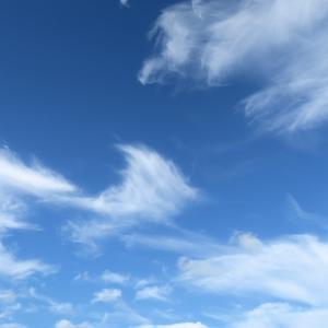 今日の雲 「練習飛行」