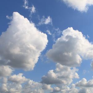 今日の雲 「人の流れ」