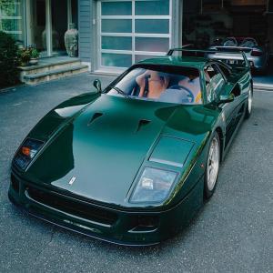 なんか気になるボディカラーが緑メタ