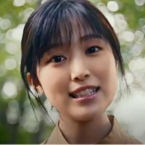 (2020/10月最新)JR東日本CMの歌う女優は誰? 福本莉子さん!富田莉代さんも出演