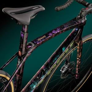 TREK ProjectOne ICONのペイントテーマ『Psychedelic Marble』