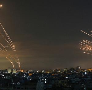 イスラエルとパレスチナのテロ組織ハマースとでは、どちらが自国の民を愛しているだろうか?