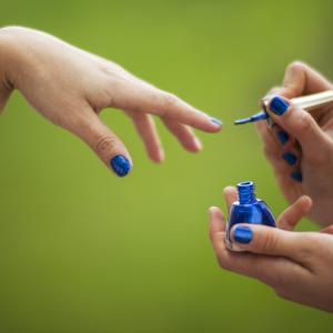 【商品レビュー】ohoraで自爪ボロボロ?そんな時におすすめ、爪の美容液。