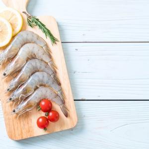 エビは英語では shrimp か prawn。その違いは?