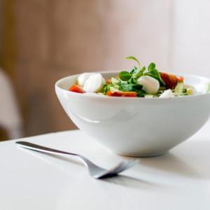 【お金の節約】食費は抑え、食材にこだわるシンプルな食生活のすすめ