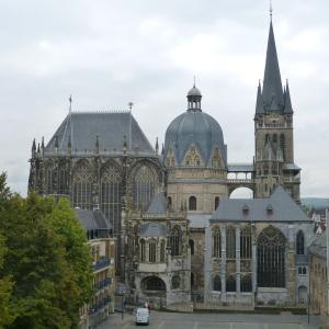 アーヘン大聖堂(ドイツ)