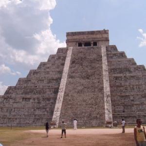 古代都市チチェン-イッツァ(メキシコ)
