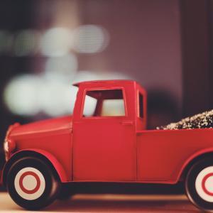 車を買うなら、中古の軽トラックで十分