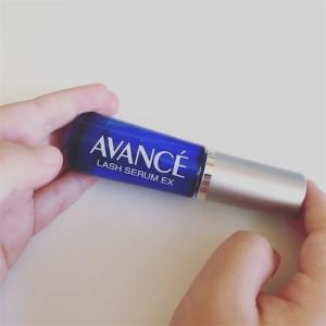 【ラッシュセラムEX】アヴァンセのまつ毛美容液、保湿効果が抜群です!