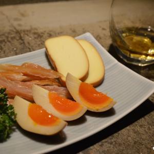 【栄町】「炭火焼鳥と燻製 ケブリノ」自家製燻製料理と美味しい串焼きで贅沢ひとり呑み