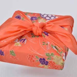 風呂敷の包み方|箱、長方形|レジ袋有料化でエコバッグが流行る中、見直される風呂敷