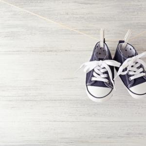 子どもの靴がサイズアウトしたら捨てるべき?靴の処分方法とサイズアップのタイミングを一挙ご紹介!