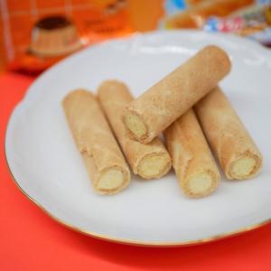 乖乖 孔雀捲心餅:台湾の定番おやつ、クリームワッフルロールはサクサクの生地とクリームが相性抜群!