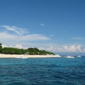 セブ・マクタン島から近い、きれいな島はどこだ!!