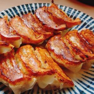 よく焼き餃子を鶏白湯にダイブさせ     Φ655    OHSHO