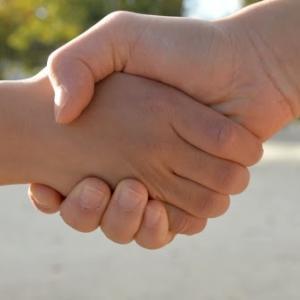 信頼を構成する4つの要素/信頼関係を築くための3ステップ